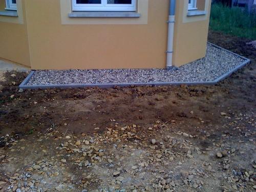 Muret ext rieur les bordures de la maison carrelage for Contour de porte exterieur