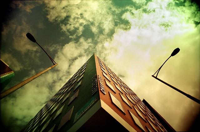 filtered reality #11 - pyramid
