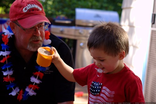 noa offering his dad a gritty cup of coffee    MG 7048