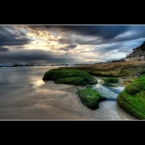 ocean green beach pool sunrise cloudy australia nsw lowtide hdr bronte brontebeach sigma1020 3ex canon400d newsouthwals —obramaestra—