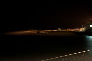 Imagen de Dee Why Beach cerca de Dee Why. ocean longexposure beach water night landscapes sydney australia places things newsouthwales techniques deewhy deewhybeach canonefs1855mmf3556 canoneos400d