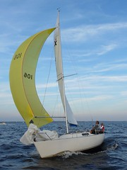 yacht racing, sail, sailboat, sailing, sailboat racing, dinghy, keelboat, vehicle, sailing, sports, sea, skiff, windsports, mast, wind, watercraft, dinghy sailing, boat,
