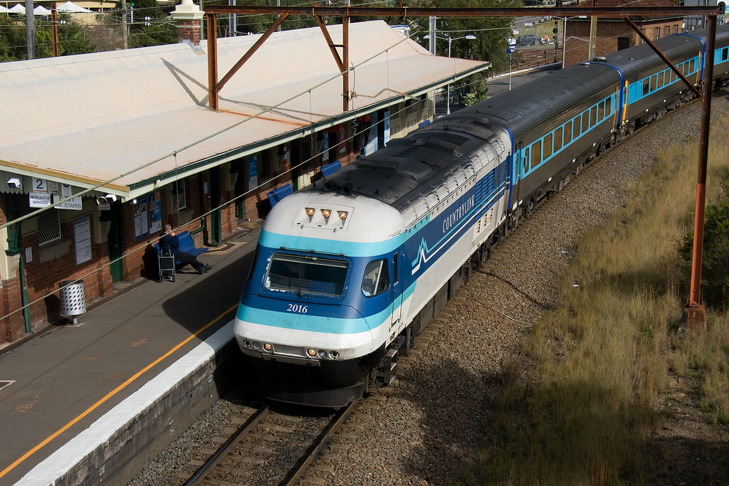 Grafton XPT at Hawkesbury River by Trent