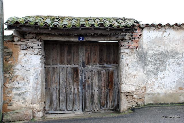 Pereruela zamora flickr photo sharing for Porton madera antiguo
