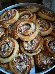 baking, baked goods, cinnamon roll, food, dish, cuisine, snack food, danish pastry,
