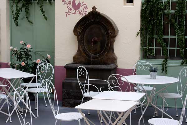 Restaurant mon jardin secret rose sucre blog diy recettes voyages et lifestyle - Mobilier jardin blanc saint etienne ...