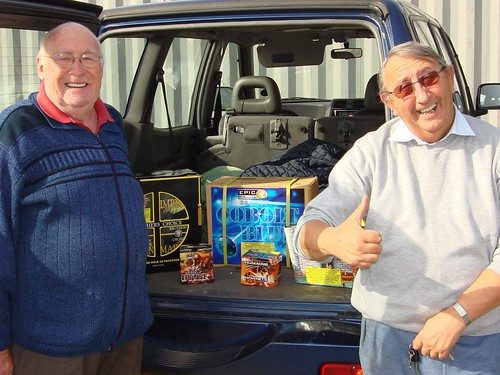 All Our Customers Leave Happy At Epic Fireworks