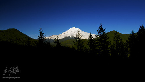 Mount Hood & Creeping Shadow (explored)