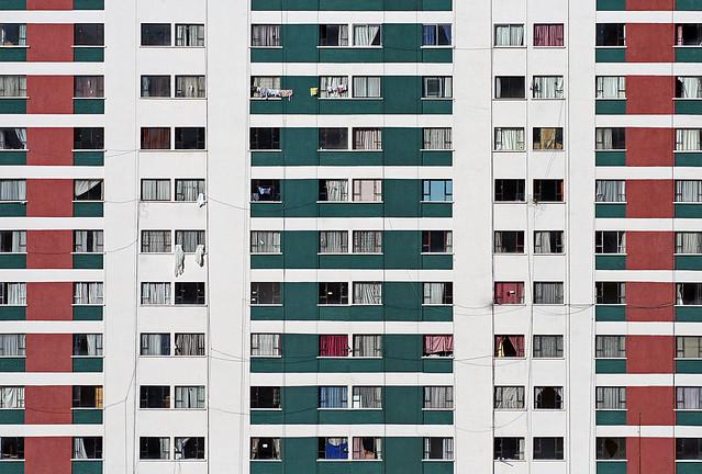 building, symmetry