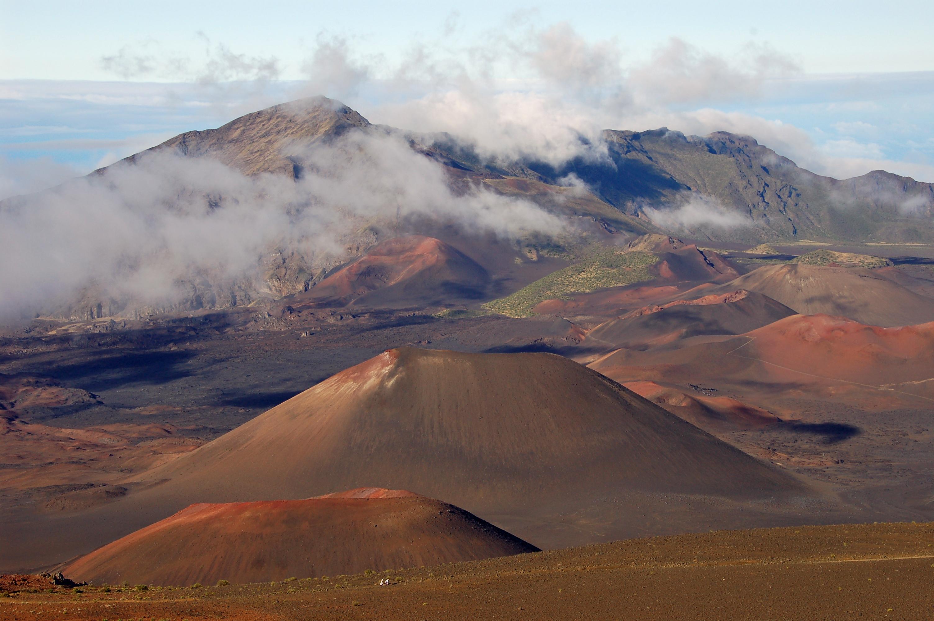 Sliding Sands trail, Haleakala - 3911.5KB