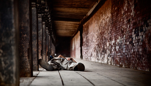 nepal sleeping man temple person flickr buddhist kathmandu np himalaya hindu everest himalayan tfttf tfp tipsfromthetopfloor everesttrek bagmati chrismarquardt topfloorproductions everesttrek2009