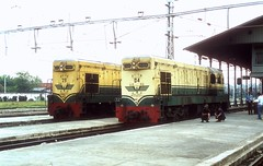* Indonesien  Dieselloks  Triebzüge  PJKA