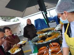 market(0.0), seafood(0.0), public space(0.0), meal(1.0), taste(1.0), street food(1.0), food(1.0),