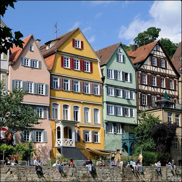 Tübingen: Fassaden am Neckarufer