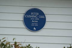 Photo of Peter Cushing blue plaque