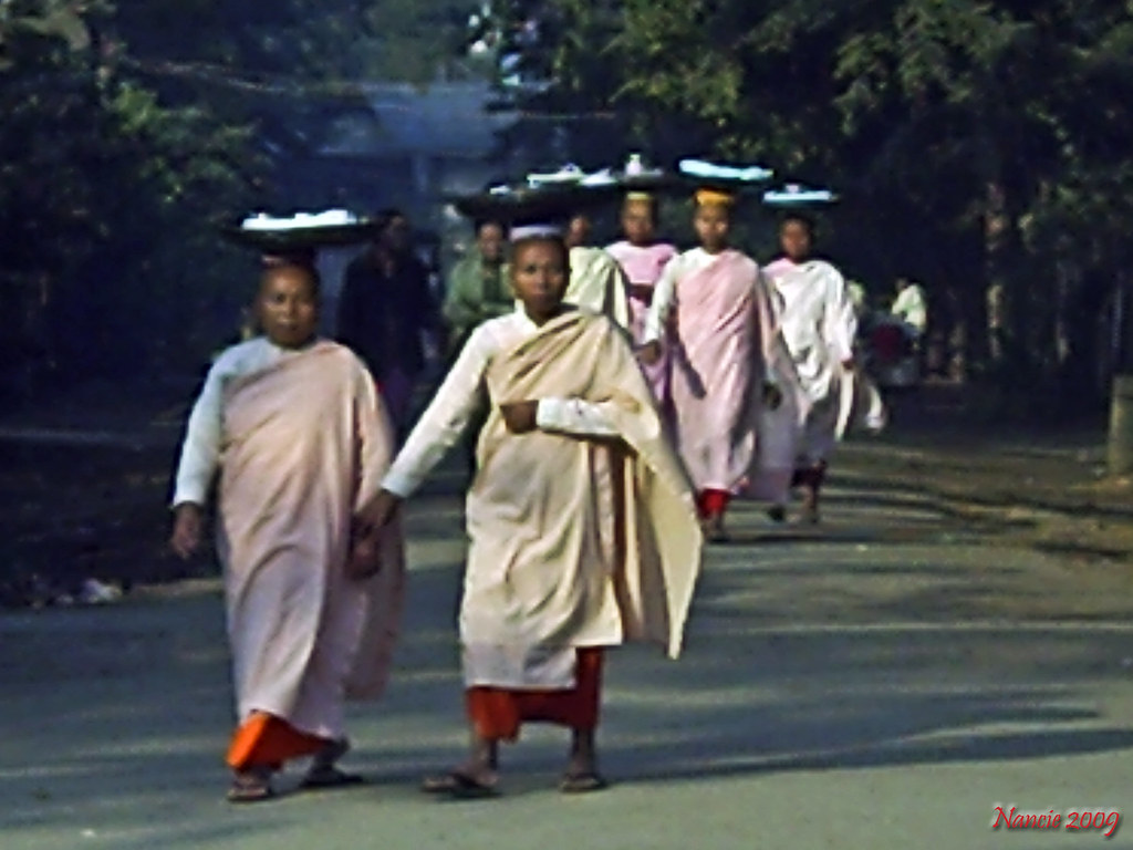 Female Monks, Myanmar