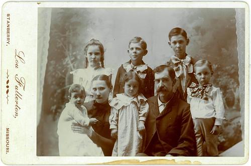 Six children, ma and pa