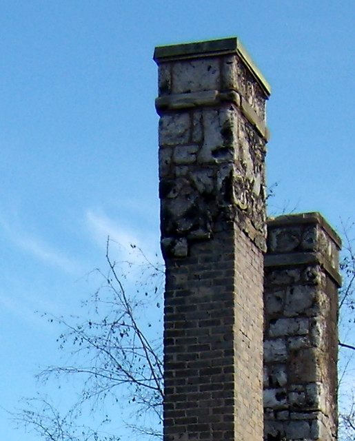 PB281991-2009-11-28-Goose-Burned-Paideia-School-West-2-Chimneys-Detail