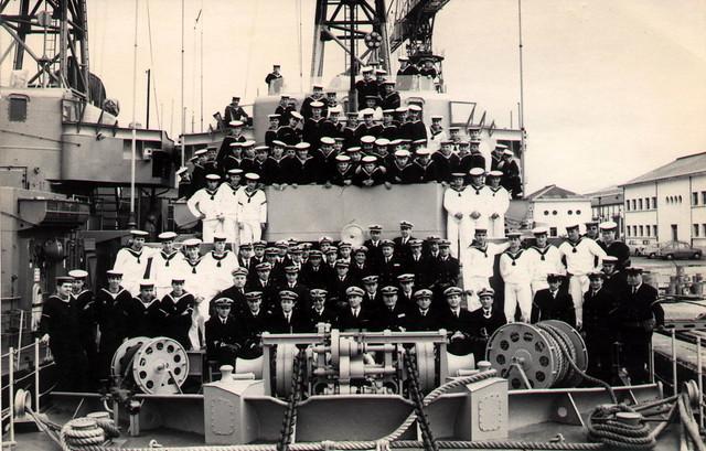 Destructor Intrépido-(D-38)-dotación-1966