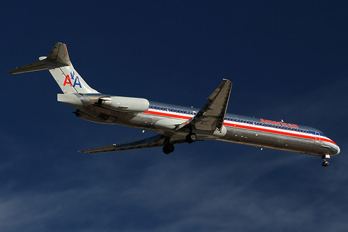 American Airlines MD82 - N513AA