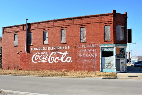 kansas wall advertisement cocacola soda softdrink repainted montgomerycounty cherryvalekansas us169
