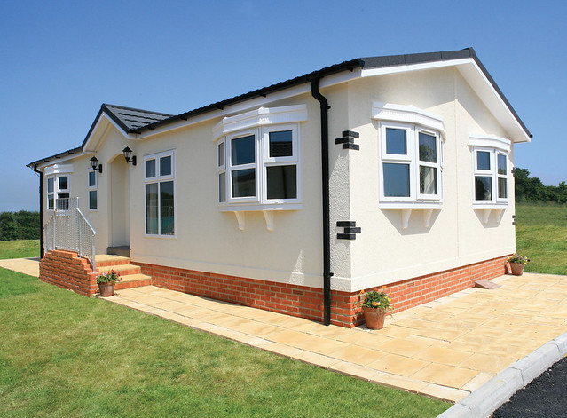 Luxury mobile home dorset wessex park homes 1 flickr for Luxury modular homes