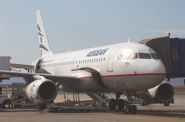 Aegean Airlines Airbus A319-133LR; SX-DGH@ATH;12.06.2011/600ak