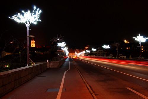 longexposure bridge light church colors night buildings lights nikon exposure december si tripod christmastree most slovenia rod slovenija mb 2009 maribor put starimost twop d60 oldbridge nikond60 sareni