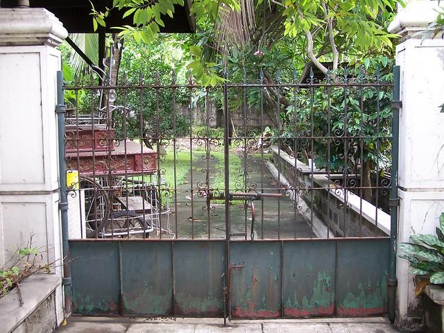 tito dan & tita baby's gate