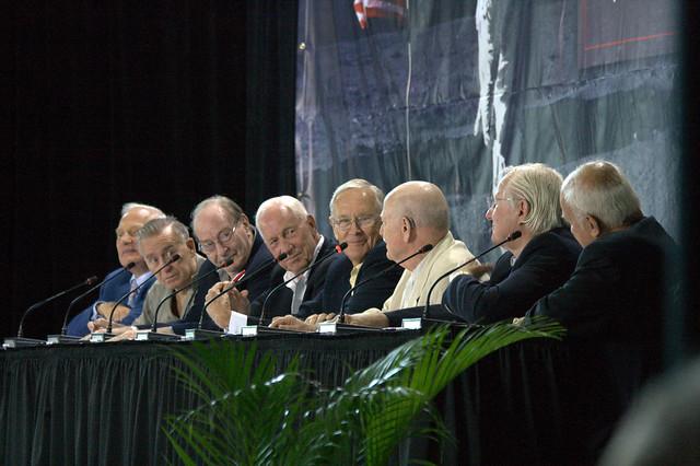 astronauts on saturn - photo #32