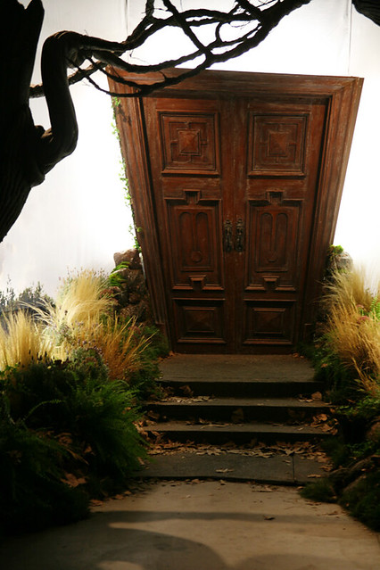 Door to the rabbit hole flickr photo sharing - Bon de reduction alice garden ...