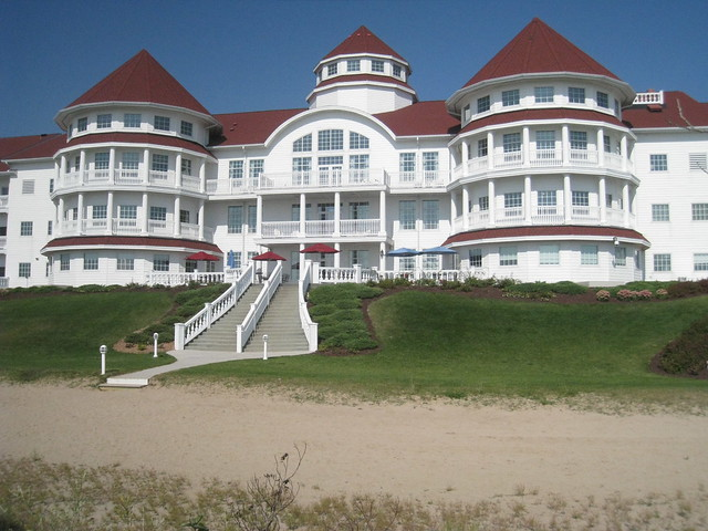 Dec 03, · Blue Harbor is the largest resort on Lake Michigan. We are located in charming downtown Sheboygan. We have multiple restaurants, lounges, conference space, 4/4(K).