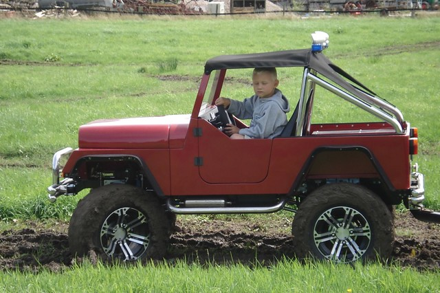 4 Wheel Drive Kids Car With Gasoline Engine Prototype Of