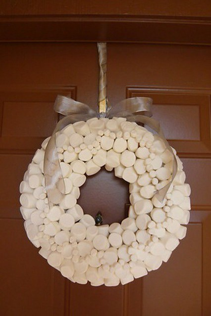 Marshmallow Wreath Check Out The Sweet Marshmallow Wreath Flickr