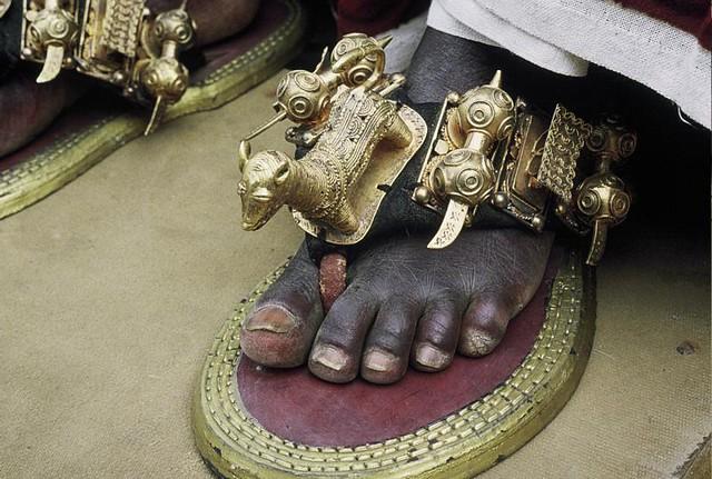 Chaussure du Roi de Bonoua