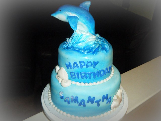 How To Make A D Dolphin Cake