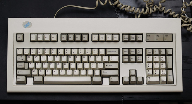 What kind of keyboard do you use? [Archive] - Ubuntu Forums