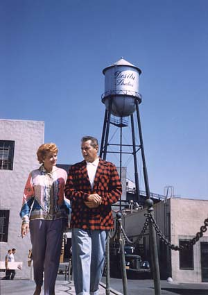 Young Debbie Reynolds Lucy & Desi at Des...