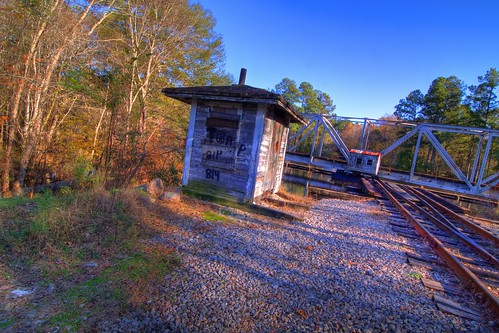 trestle sc train conway tripod tracks southcarolina hdr gitzo photomatix 5exposure arcatech tokinaatx116prodx gt2531