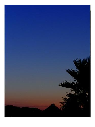 sunset landscape framed blueskies fujifilmfinepixs5700 vftw dscf4173 florenceazusa