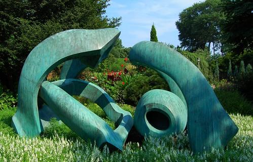 sculpture atlantabotanicalgarden henrymoore