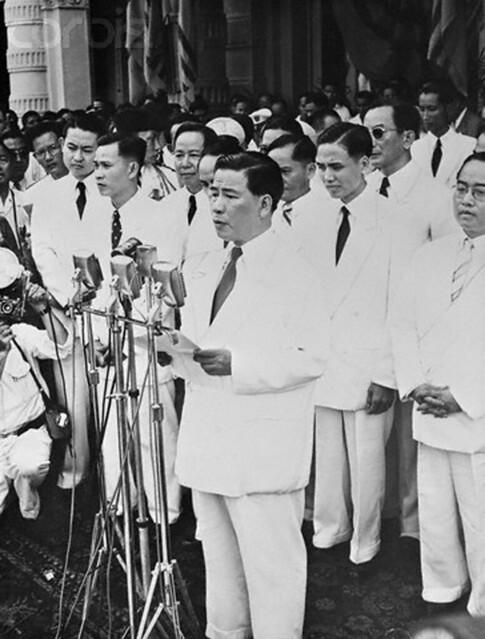8-11-1955 TT Diem doc dien van nham chuc