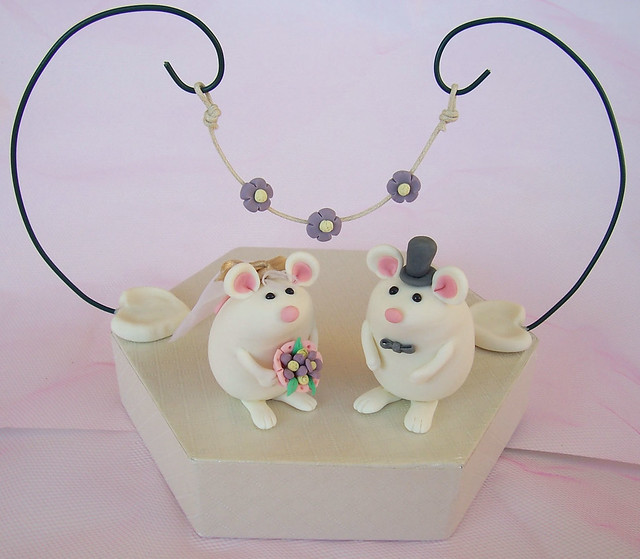 Custom cute mice wedding cake toppers with floral decoration