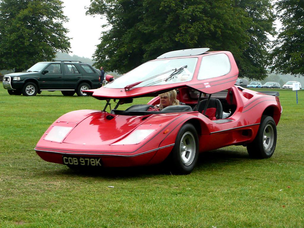 Futuristic Nova Sports Car