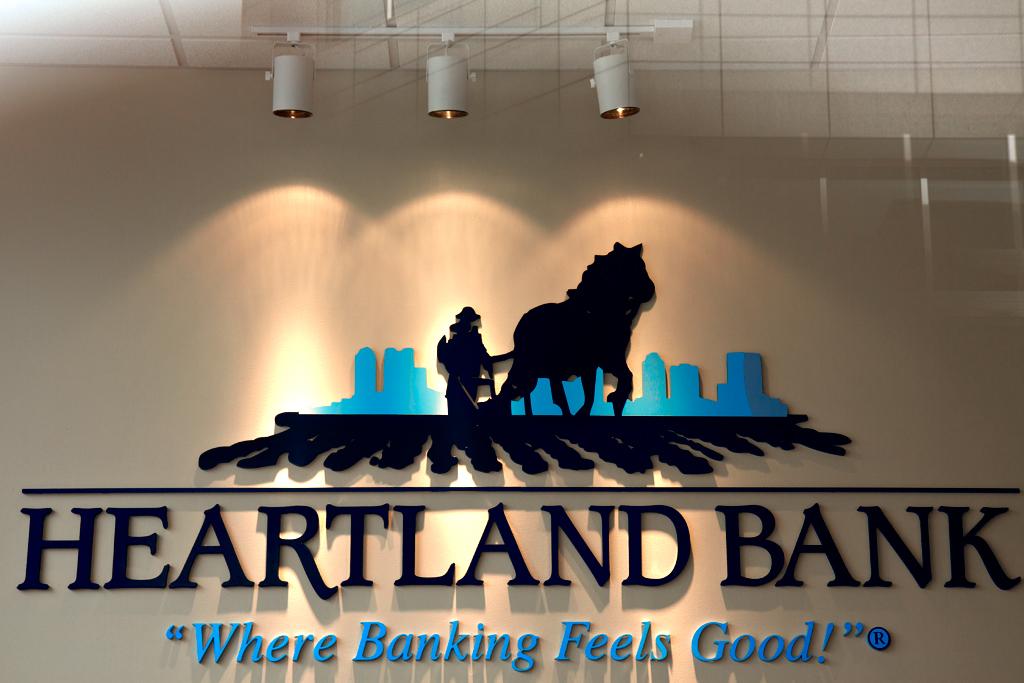 HEARTLAND-BANK--Columbus