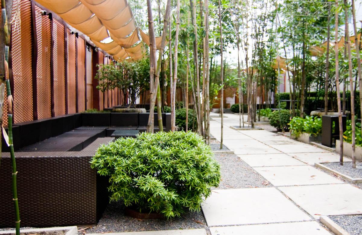 M rida hideaway for High end landscape design