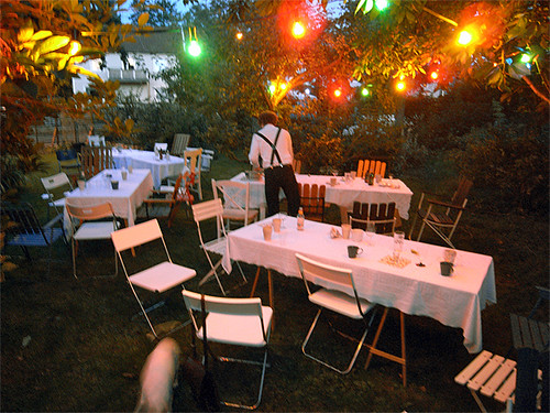 Summer night party in a garden flickr photo sharing - Decoracion fiesta jardin ...