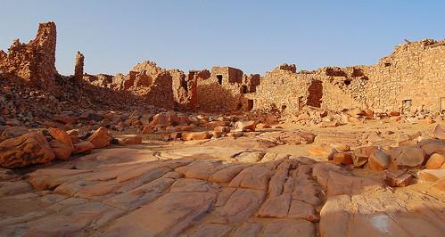 ruinas invierno 2009 decayed ouadane worldheritage mauritania mauritanie flaga patrimoniodelahumanidad d40 ph498 regióndeadrar