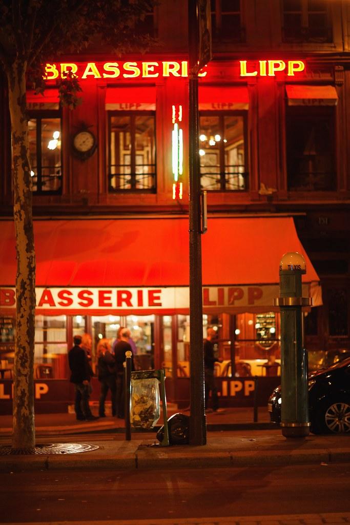 Paris by Night - Brasserie Lipp