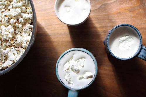 hot cocoa :: popcorn